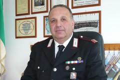 In pensione, dopo 31 anni di servizio in città, il comandante Dino Amato