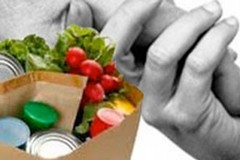 Raccolta di alimenti ed indumenti nei giorni pasquali