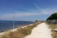 Torre Gavetone interdetta per il ritrovamento di un ordigno bellico a pochi metri dalla riva