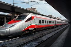 Treni gratuiti per i medici della task force diretti nelle regioni del Nord Italia