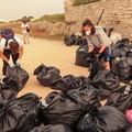 """""""Puliamo il mondo """": raccolti 591 kg di rifiuti sul litorale sud di Giovinazzo"""