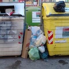 Ancora rifiuti ed inciviltà in via Toselli