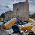 La foto choc: Torre Bonvino ridotta a discarica