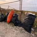Vogliamo Giovinazzo Pulita, 12 sacchi di rifiuti riempiti sul litorale sud (FOTO)