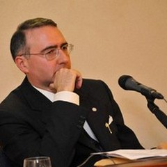 """Agostino Picicco presenta il suo  """"Comunicare è condividere """" a Bitonto"""