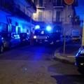 Foto choc: auto in sosta blocca l'ambulanza