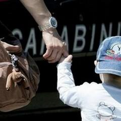 Adescavano bambini per strada: fermati