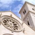 Apertura chiese, Anna Vacca cerca l'intesa con parroci e confraternite