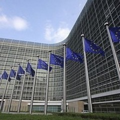 L'UE congela 523 milioni alla Regione Puglia