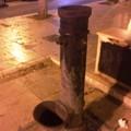 Fontana chiusa in piazza Porto: vandalismo o manutenzione?
