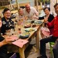Il senatore cinese Zhu Yuhua all'Osteria Scvnazz