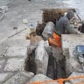 Una colonna di epoca romana sotto via Marina? Ci penserà la Soprintendenza