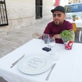 Covid, la provocazione del Galì: «Tavolini al posto delle strisce blu»