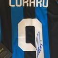 La maglia di Lukaku all'asta per il SerMolfetta