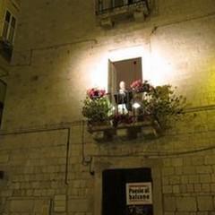 """""""Poesie al balcone """", ultimi giorni per iscriversi"""