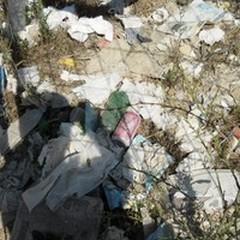 Ancora rifiuti abbandonati in località Peschiera