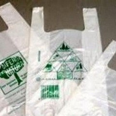 Sacchetti di plastica: gli esercizi commerciali non rispettano le norme