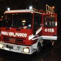 Incendio in via Bari, brucia una Renault Scenic