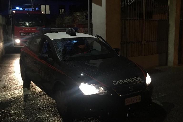 L'intervento dei Carabinieri e dei Vigili del Fuoco