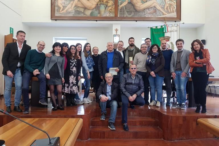 Martino e Scivetti premiati in Consiglio comunale. <span>Foto A.M.</span>
