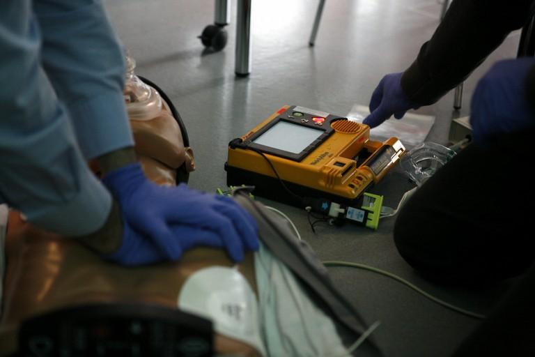 Defibrillatori donati a Giovinazzo