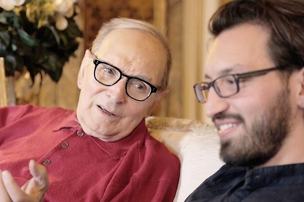 L'autore dialoga con Ennio Morricone