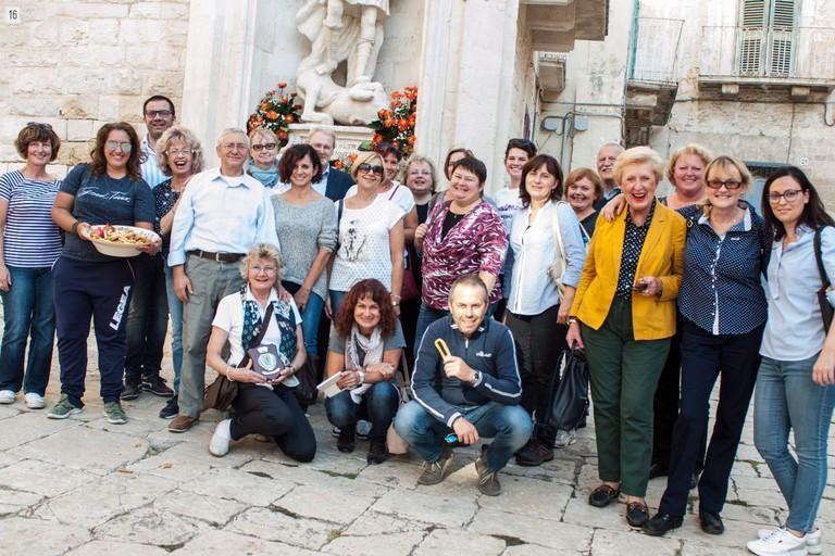 Foto di gruppo finale. <span>Foto Vincenzo Paparella</span>