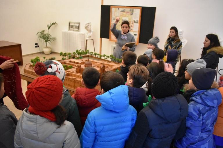 Giovani studenti nell'IVE. <span>Foto FAI Giovinazzo</span>