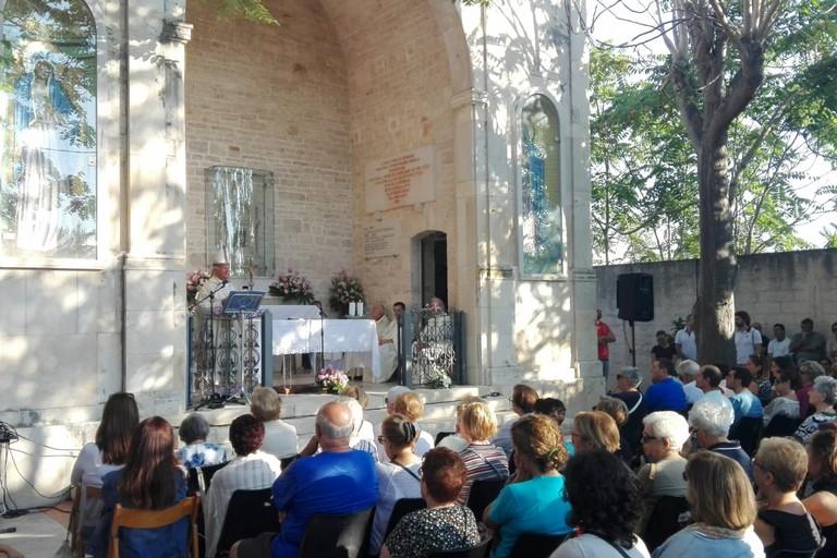 La celebrazione al Casale (Foto Giuseppe Dalbis)