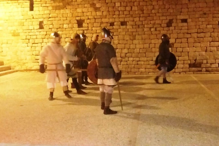 Una scena dell'assedio (Foto Florinda Bavaro)