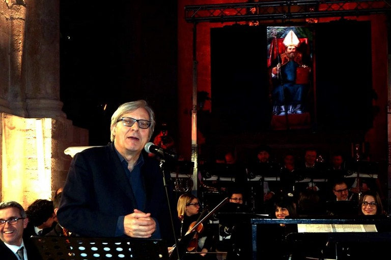 Sgarbi con il San Felice in Cattedra. <span>Foto Enrico Tedeschi</span>