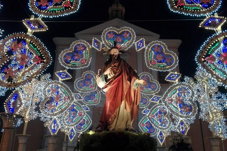 L'effigie del Sacro Cuore di Gesù al rientro. <span>Foto Giuseppe Dalbis</span>