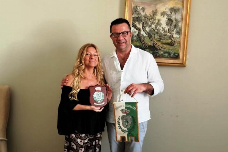 Stella Brignola premiata da Alfonso Arbore