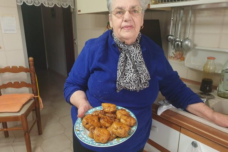 Le pettole col vin conto di Nonna Angela. <span>Foto Giuseppe Serrone</span>