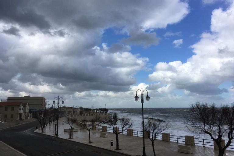 Il mare d'inverno a Ponente. <span>Foto Marzia Morva</span>