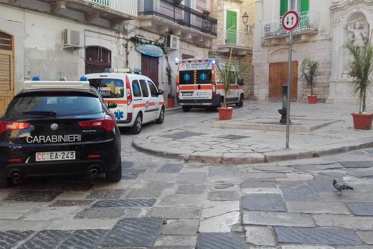L'intervento di 118 e Carabinieri