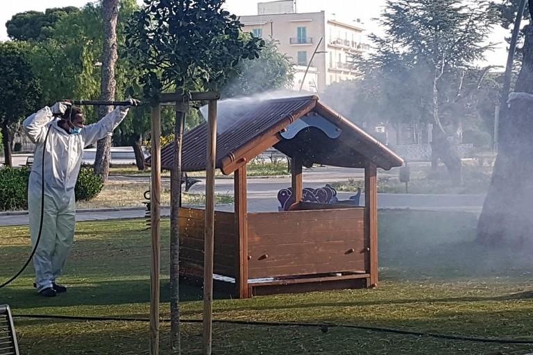 La sanificazione della casetta in legno