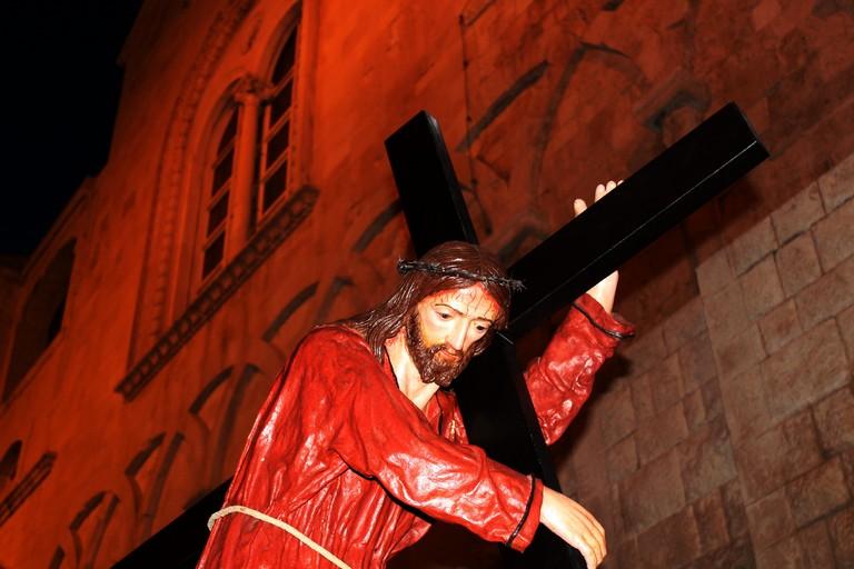 Gesù porta la croce. <span>Foto Gianluca Battista</span>