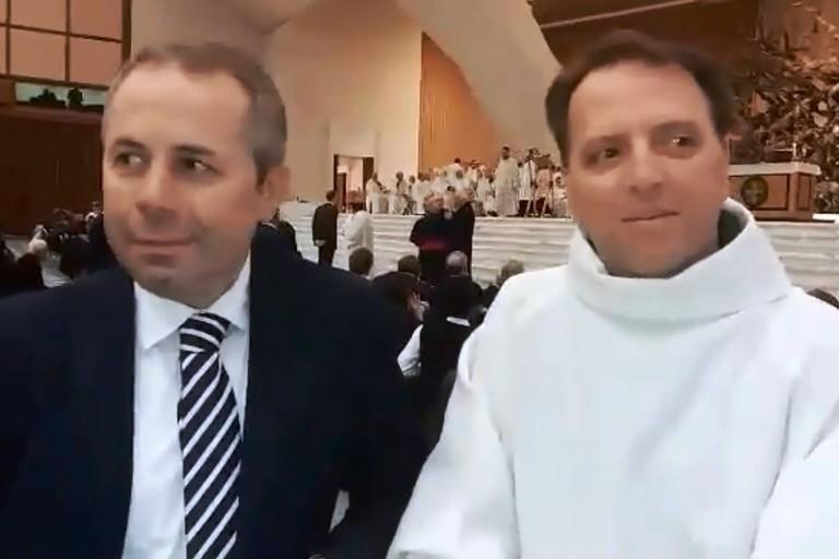 Tommaso Depalma e don Gianni Fiorentino. <span>Foto Giovinazzo.Tv</span>