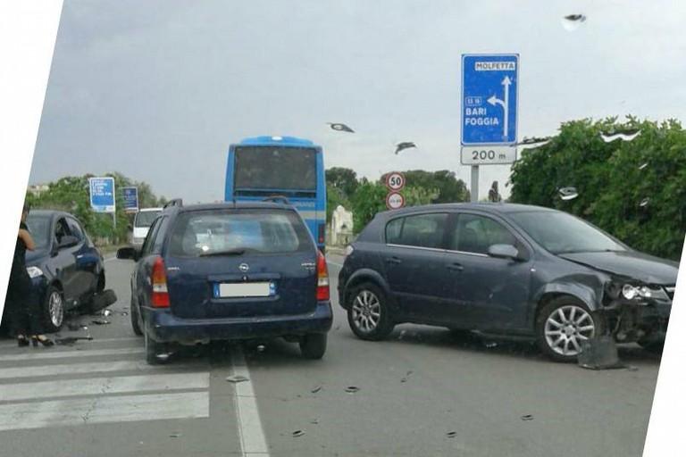 L'incidente stradale avvenuto sulla litoranea per Molfetta