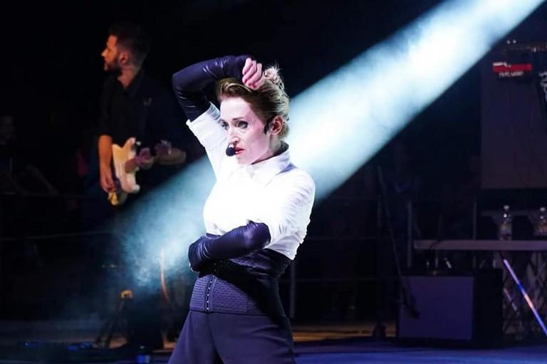Roberta Torresi è Madonna