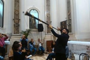 Michele Jamil Marzella durante l'esibizione. <span>Foto Gianluca Battista</span>