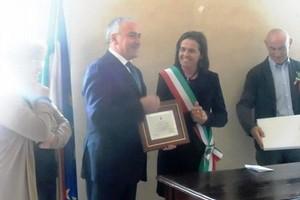 Giuseppe Tulipani premiato a Guastalla