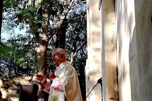 Mons. Cornacchia durante l'omelia