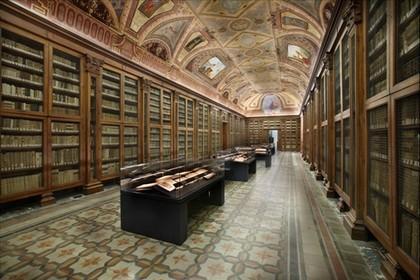 La Biblioteca del piano superiore (Foto Museo Diocesano)