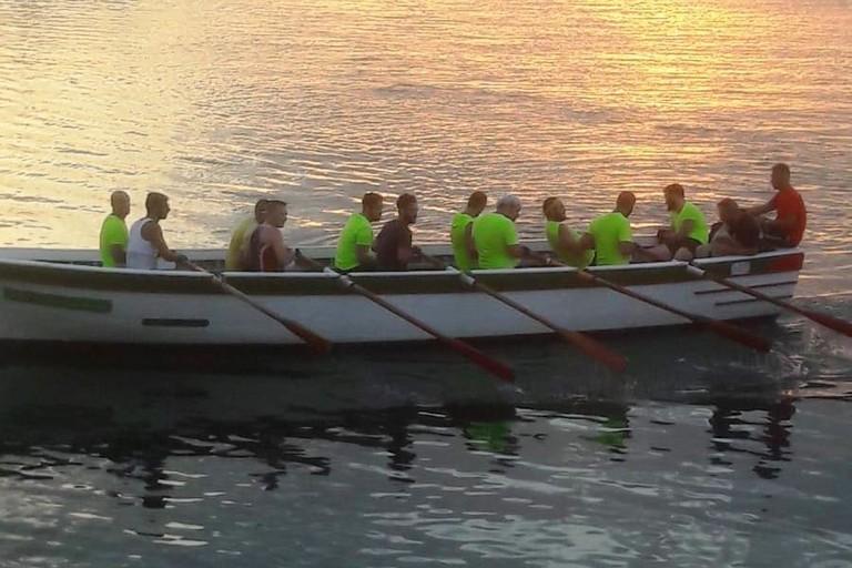 L'equipaggio maschile in allenamento