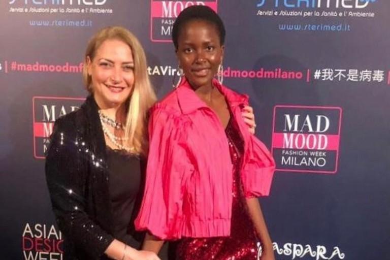 Sarah con Carmen Martorana