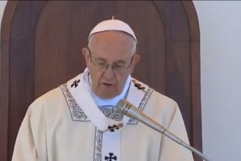 Papa Francesco durante l'omelia