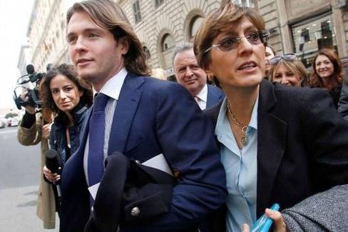 Giulia Bongiorno con Raffaele Sollecito. <span>Foto quotidiano.net</span>