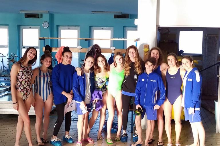 La squadra di nuoto di fondo